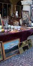Mercatino antiquario nel Borgo di Serravalle