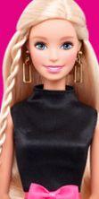 Centinaia di Barbie raccontano oltre 50 anni di storia