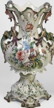 Scrigni di fiori e profumi. Le ceramiche di Nove in mostra