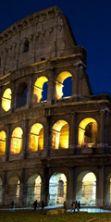 La luna sul Colosseo: apertura straordinaria notturna