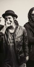 Escape The Fate in concerto