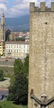 Riaprono le torri dell'antica cinta muraria a Firenze