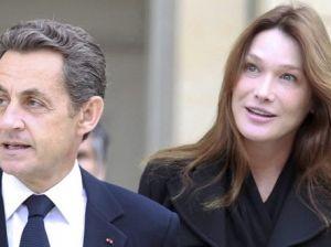 """Carla Bruni: """"Con Sarkozy il sesso è fantastico"""""""