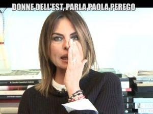 """Paola Perego in lacrime: """"Mi hanno messa in mezzo, sono spaventata"""""""