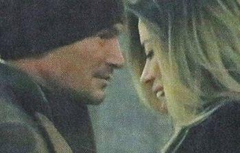 Aida Yespica paparazzata con l'ex Enrico Romeo