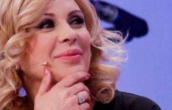 Tina Cipollari tronista a U&D: cosa accadrà ai suoi corteggiatori