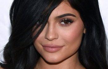 Kylie Jenner è incinta spunta il pancino