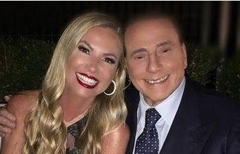 La sorpresa di Berlusconi, si presenta alla festa di Federica Panicucci: