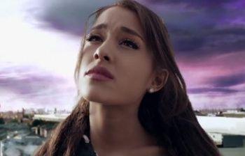 Ariana Grande sconvolta dopo l'attentato: