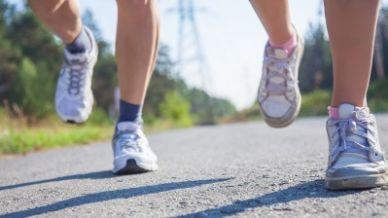 Quanti passi al giorno servono per stare in forma?