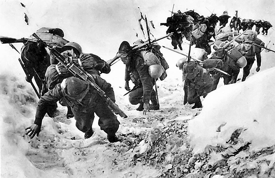 Una guerra atipica la Guerra Bianca  questa guerra quasi esclusivamente  combattuta sul fronte italiano durante la Prima Guerra Mondiale lungo  l arco alpino ... 831092ec6380