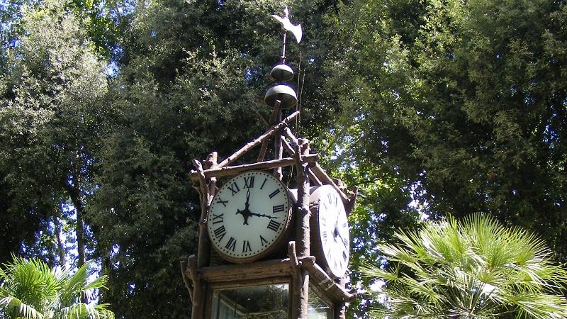 Il pincio e il suo orologio ad acqua initalia
