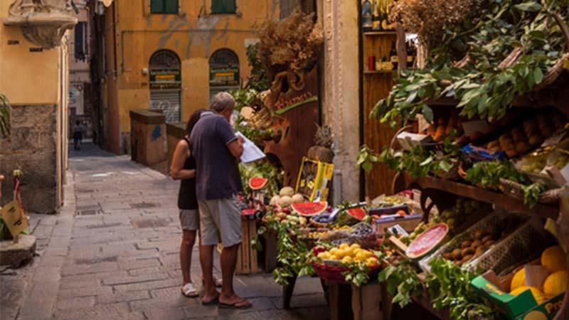 A Genova è vietato aprire ristoranti non europei in centro