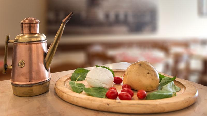 Per Michelin le pizzerie migliori d'Italia si trovano tutte a Napoli