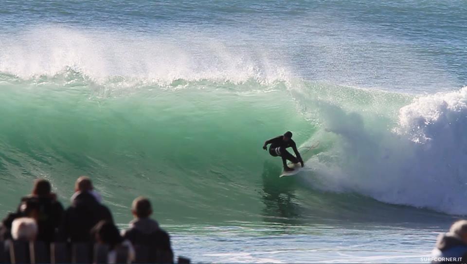 Onde alte ed acrobazie mozzafiato: Varazze è la capitale italiana del surf