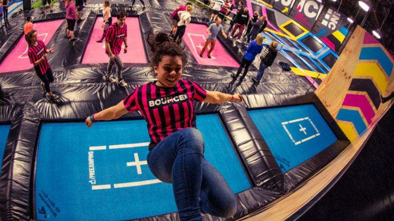 A Torino è Bounce mania, tutti pazzi per il free jumping