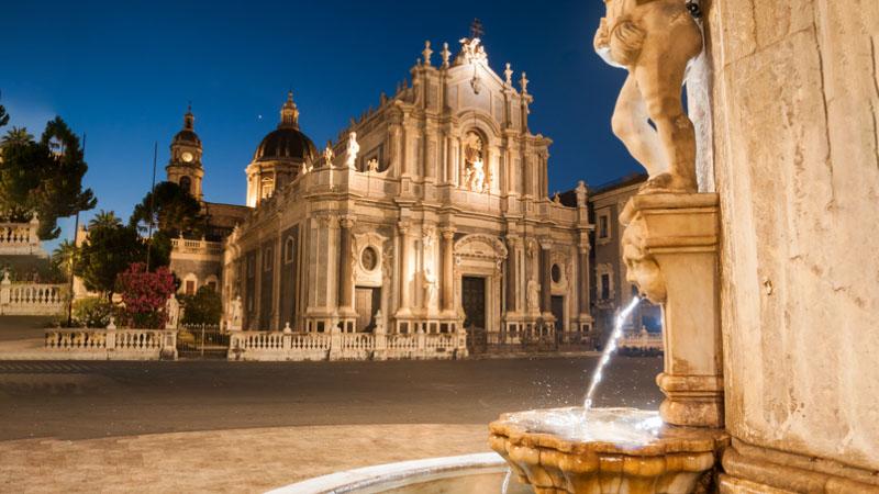 Vacanze di Pasqua: gli italiani premiano Catania, gli stranieri Roma