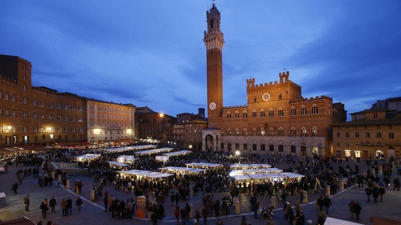 Il Trecento di Siena con