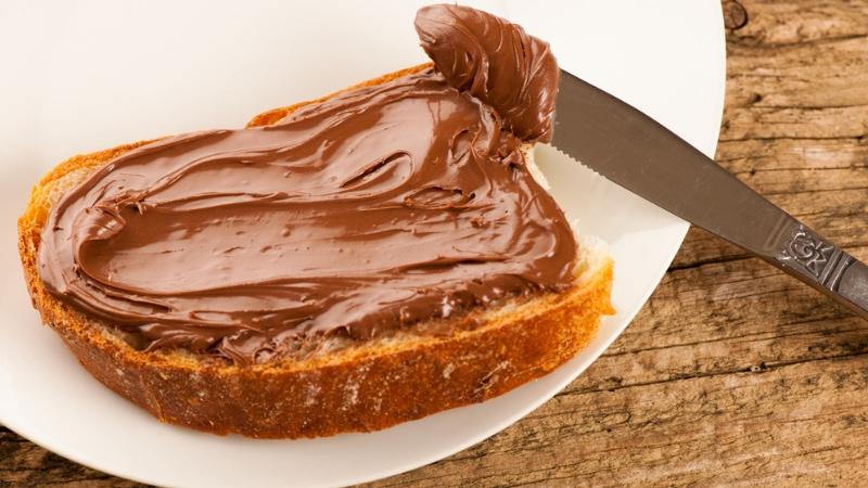 La sfida alla Nutella è servita: ecco la crema Pan di Stelle