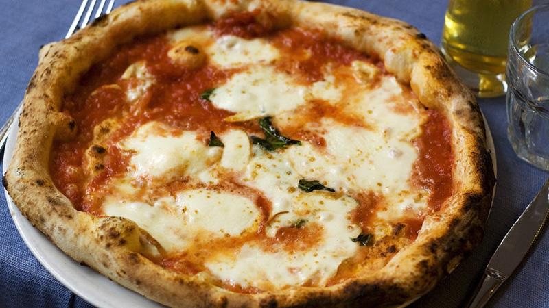 Giornata Mondiale della Pizza: quanta ne consumiamo?