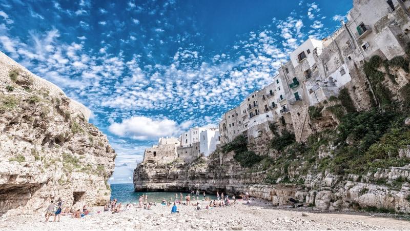 Unica italiana: Polignano ancora tra le 52 spiagge più belle al mondo