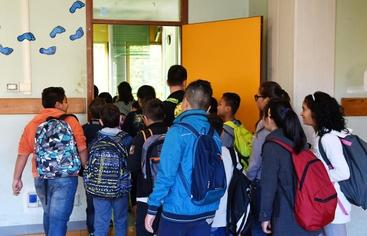 Plafoniere Per Ospedali : A scuola plafoniera colpisce testa bimbo venticano