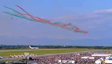 Frecce Tricolori Calendario 2020.Giro In 2020 Fa Tappa Dalle Frecce Tricolori In Fvg Grado