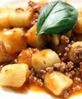 Gnocchi all'italiana: a lezione di cucina