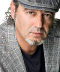 Luca Carboni in tour nei teatri italiani