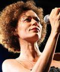 """Rosàlia De Souza con """"Tempo""""  ritorna sulla scena discografica"""