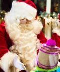 A Nebbiuno arriva Babbo Natale con regali, dolci e cioccolata calda