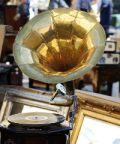 Lecco Antiquaria, curiosità e affari in piazza Cermenati