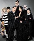 Gabriele Cirilli è protagonista de La Famiglia Addams