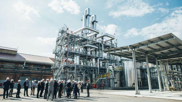 Biobutandiolo: in Italia il primo impianto che produce plastica dagli zuccheri